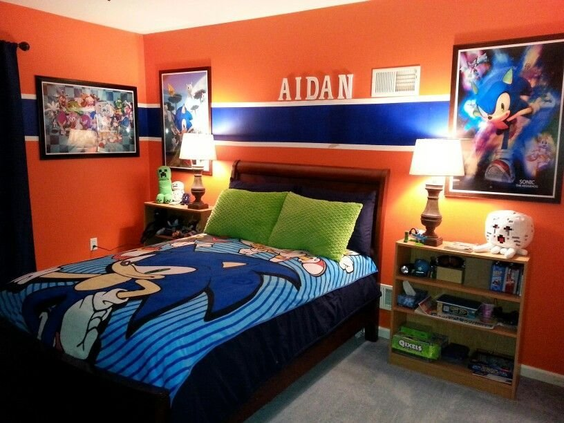 Best Sonic Bedroom Graphic Wall Art And Bedding Add To The Vibrant Walls Making This Room As With Pictures