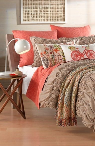 Best Love The Coral Accents On This Bedding Our Favorite With Pictures Original 1024 x 768