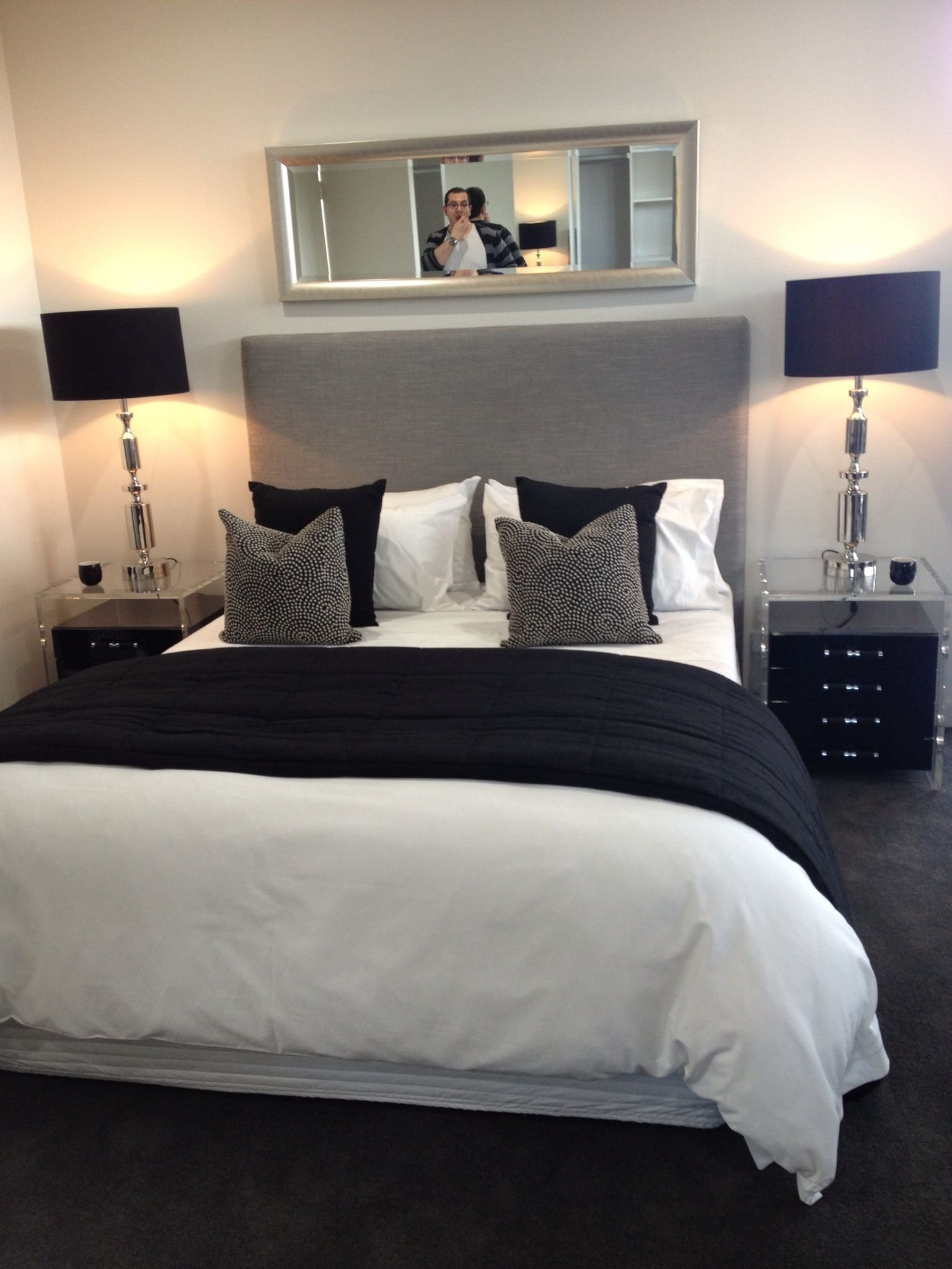 Best Bedroom Chic Décor Black White And Gray Stuff I With Pictures