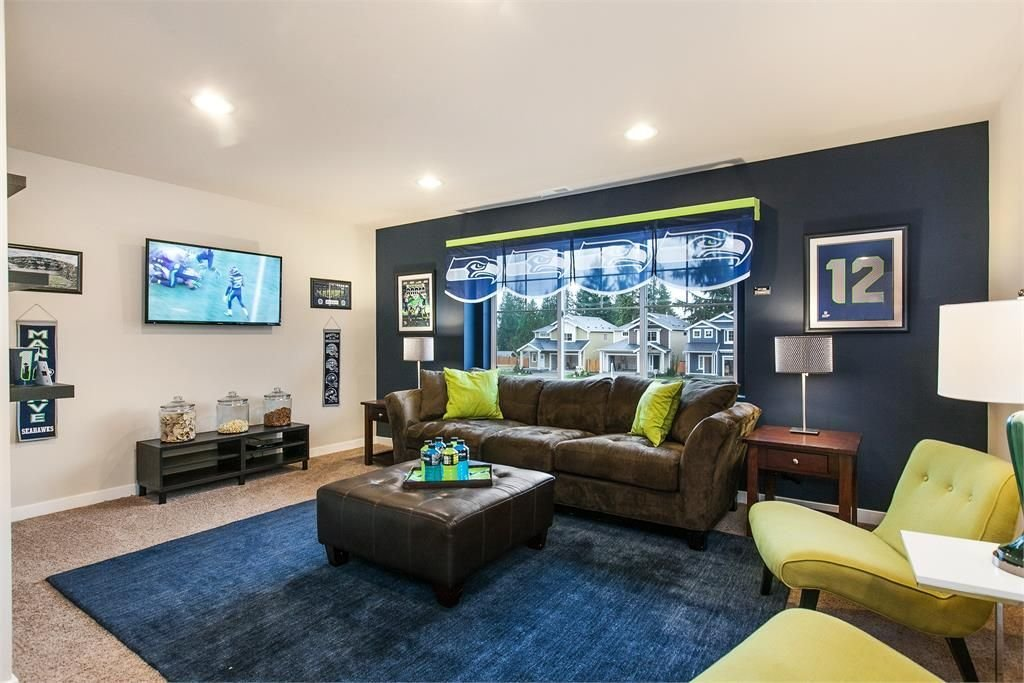 Best Seattle Seahawks Themed Bedroom At Cascade Park Model Home With Pictures