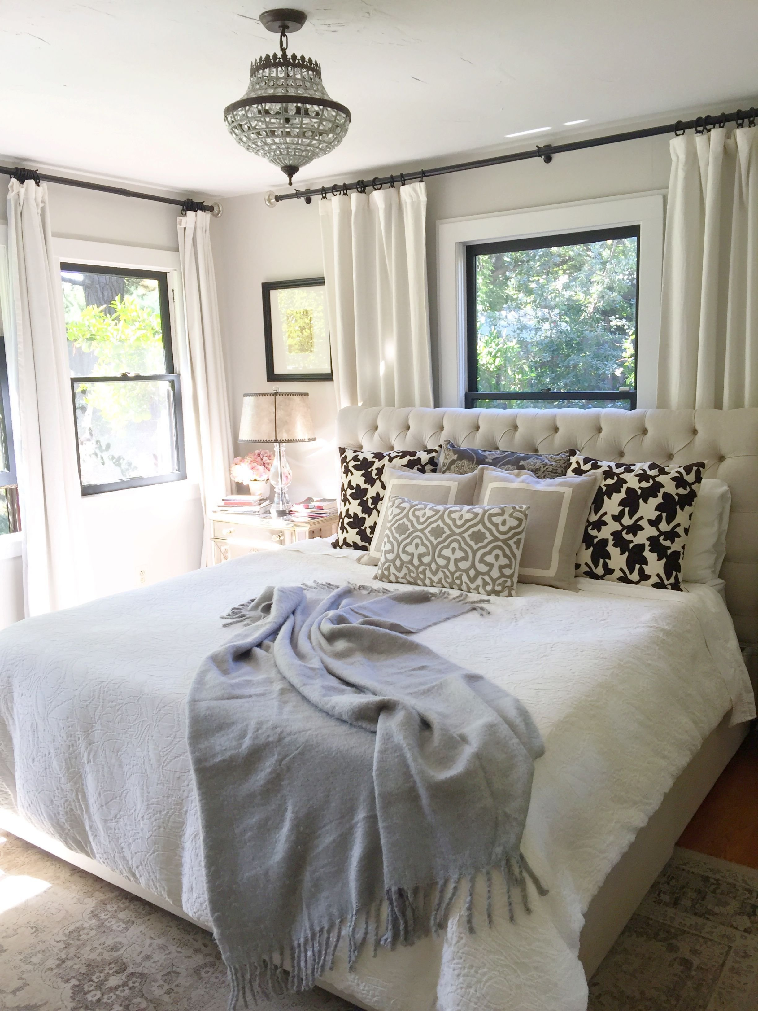 Best Neutral Bedroom Window Behind Bed Farmhouse Bedroom With Pictures