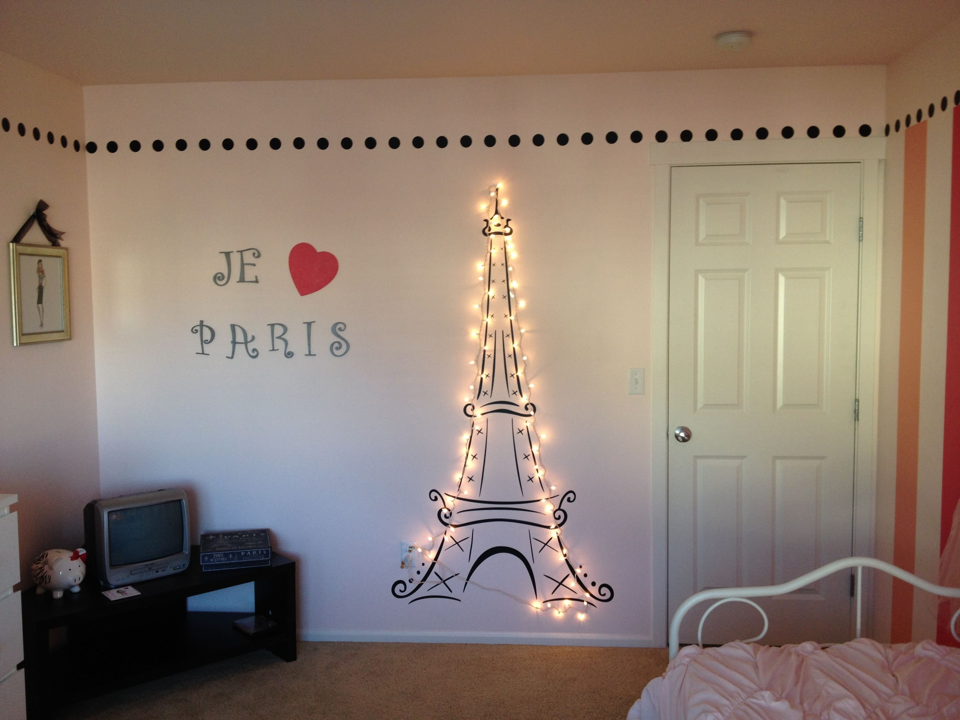 Best Lit Eiffel Tower For My Daughter S Paris Themed Room Paris Themed Girl S Bedroom In 2019 With Pictures