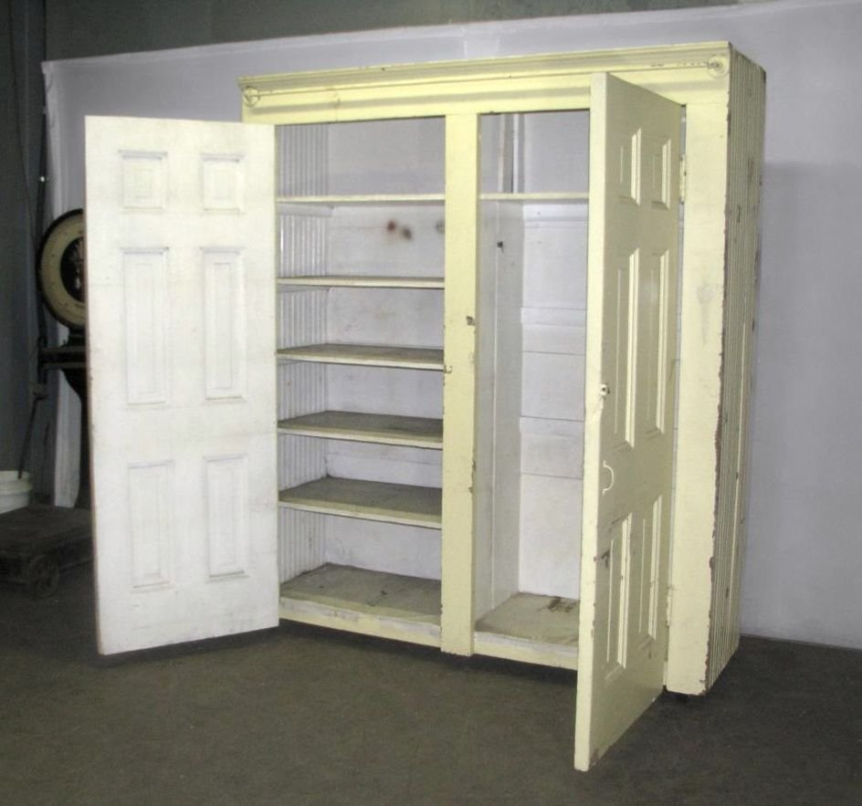 Best Diy Free Standing Closets Home Maintenance Standing Closet Closet Bedroom Stand Alone Closet With Pictures