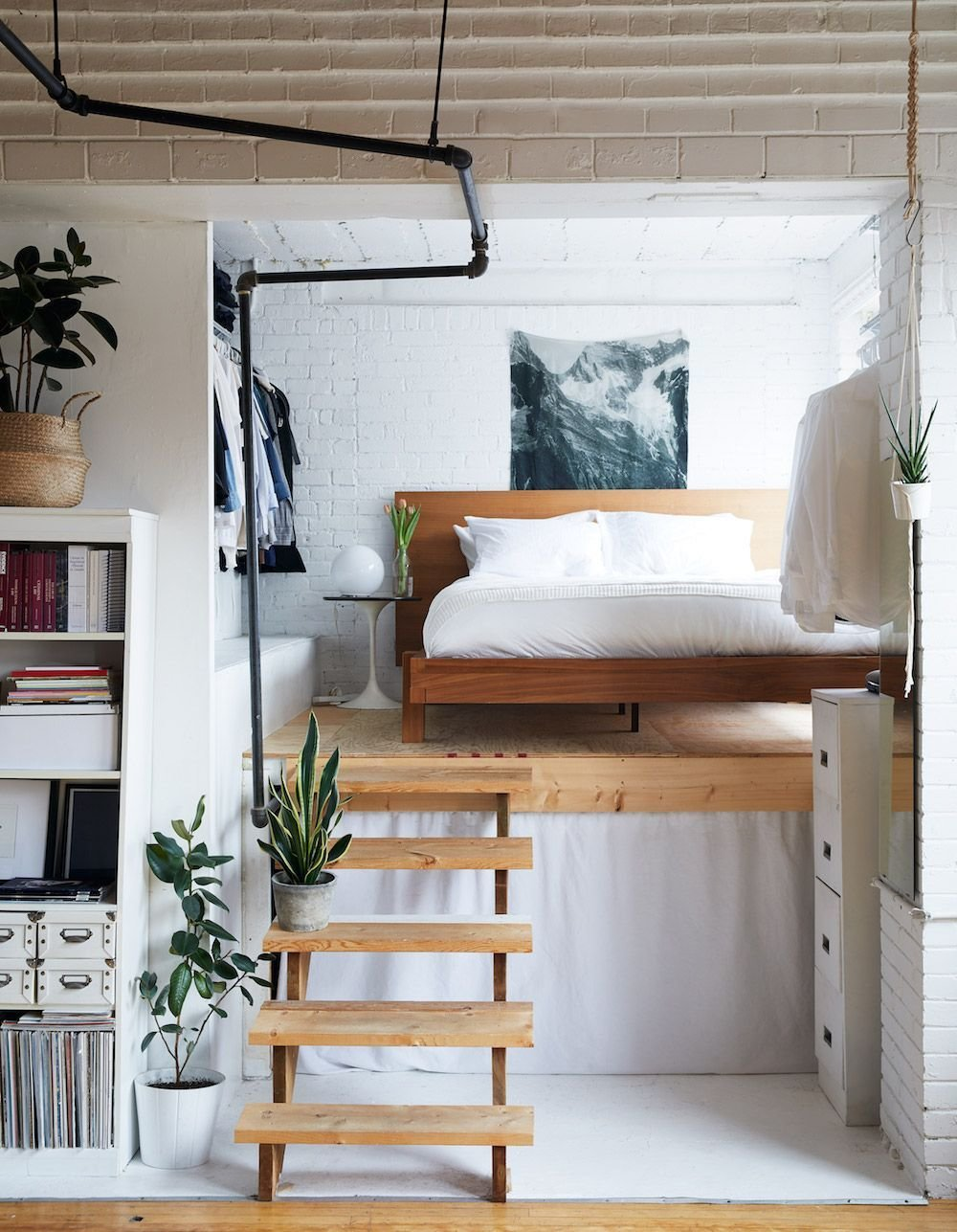 Best A Book Filled Loft In Toronto Homes And Decorating With Pictures