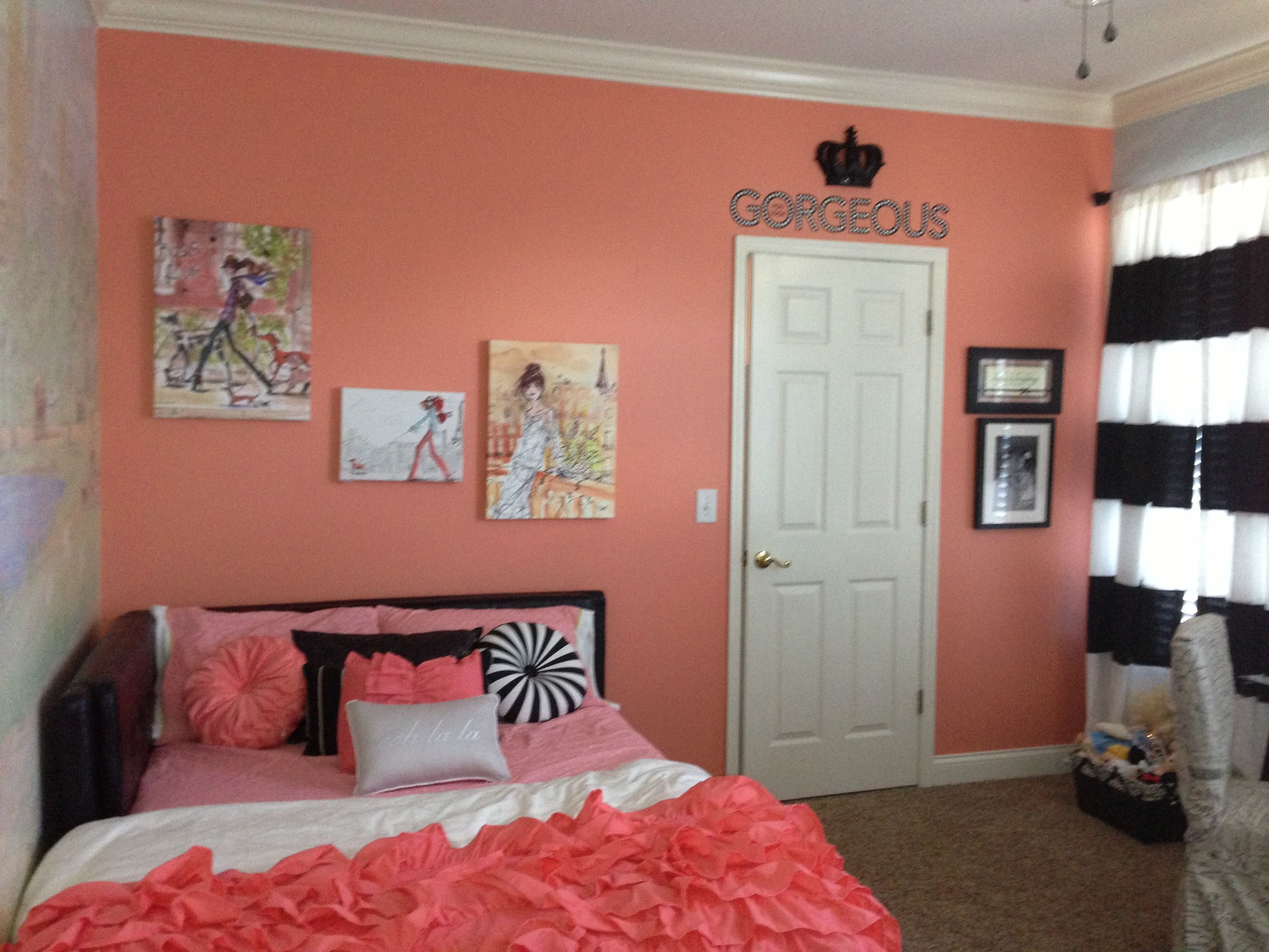 Best Kayton Coral Accent Wall Girls Bedroom Fashion Black With Pictures