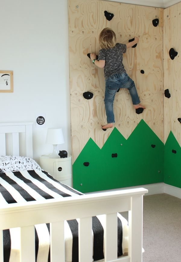 Best Diy Climbing Wall For An Outdoors Themed Bedroom With Pictures