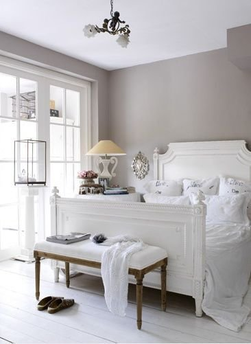 Best Esther Loonstijn Romantic Gray And White Bedroom With Warm Gray Walls And White Plank Floors With Pictures