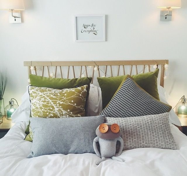 Best Zoella House Green Cushion Bedroom Bed Ercol Bedroom With Pictures