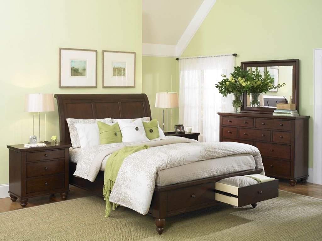 Best Interior Design Of Light Green Bedroom Decoration With Pictures