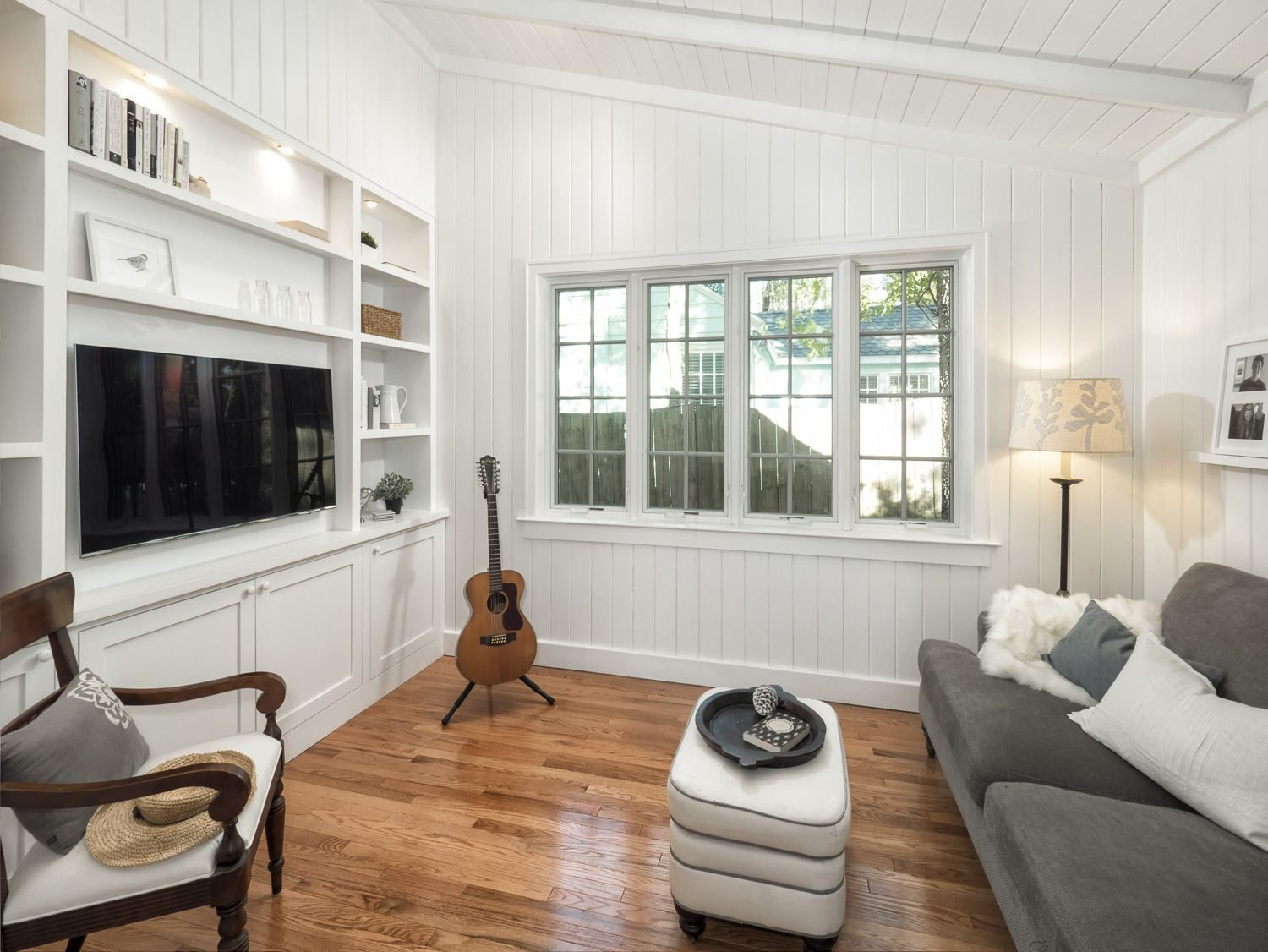 Best Garage Conversion Into Small Tv Room Living Spaces In With Pictures