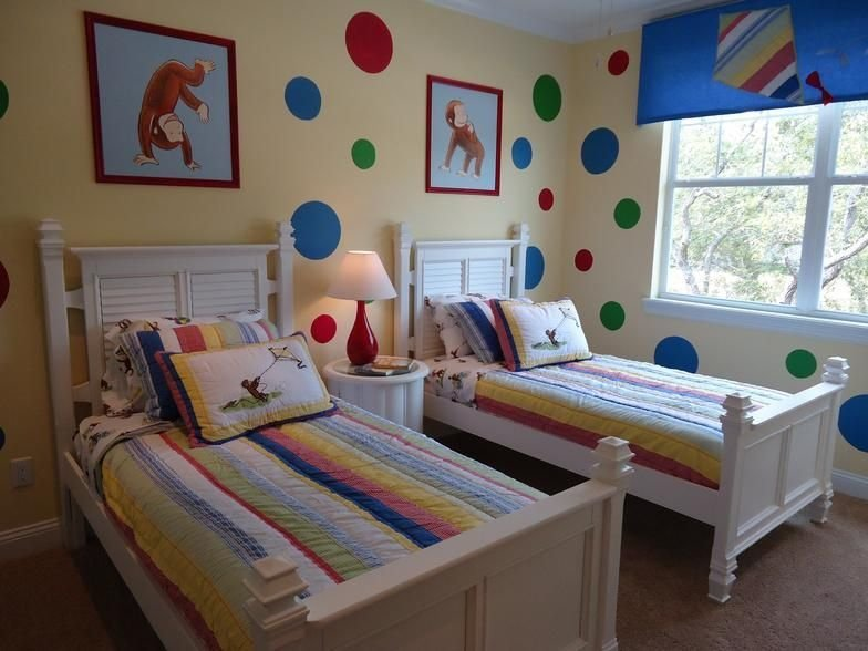 Best Oooo A Nice More Grown Up Way To Have A Curious George Room I Like Curious George With Pictures