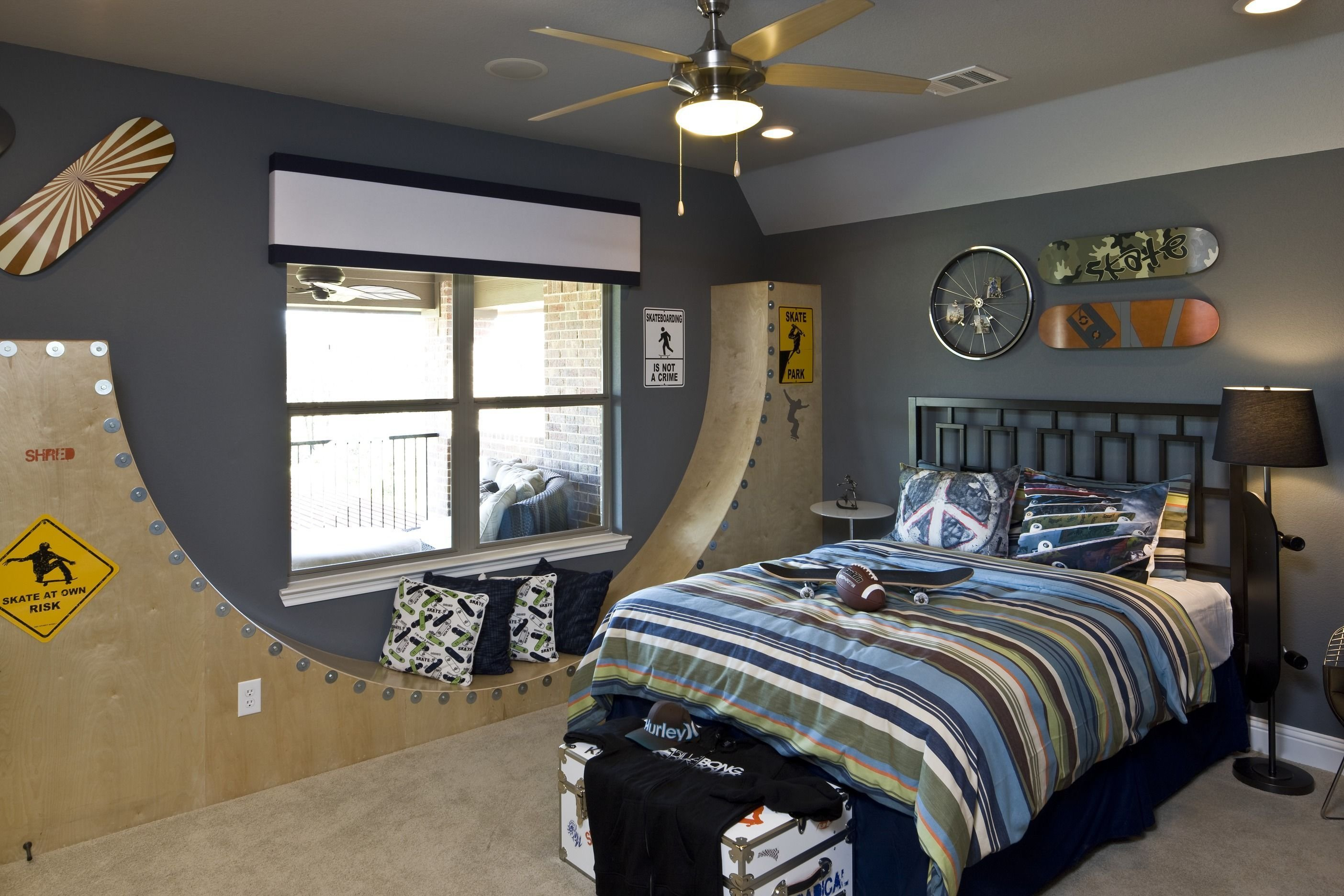 Best Head To The Skate Park In This Skateboard Themed Room With Pictures