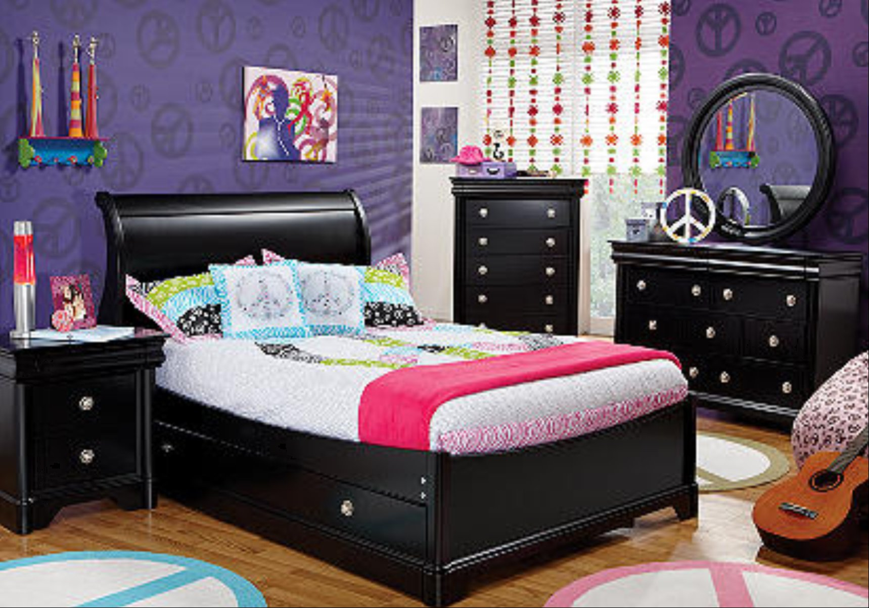 Best Malia And Sasha Obama Bedrooms With Pictures