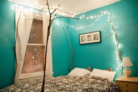 Best Easy Ways To Decorate Your Bedroom For Christmas With Pictures