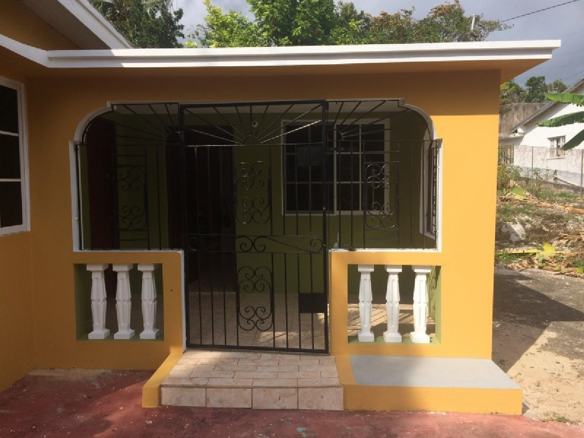 Best 3 Bedroom 1 Bathroom House For Rent In Mandeville With Pictures