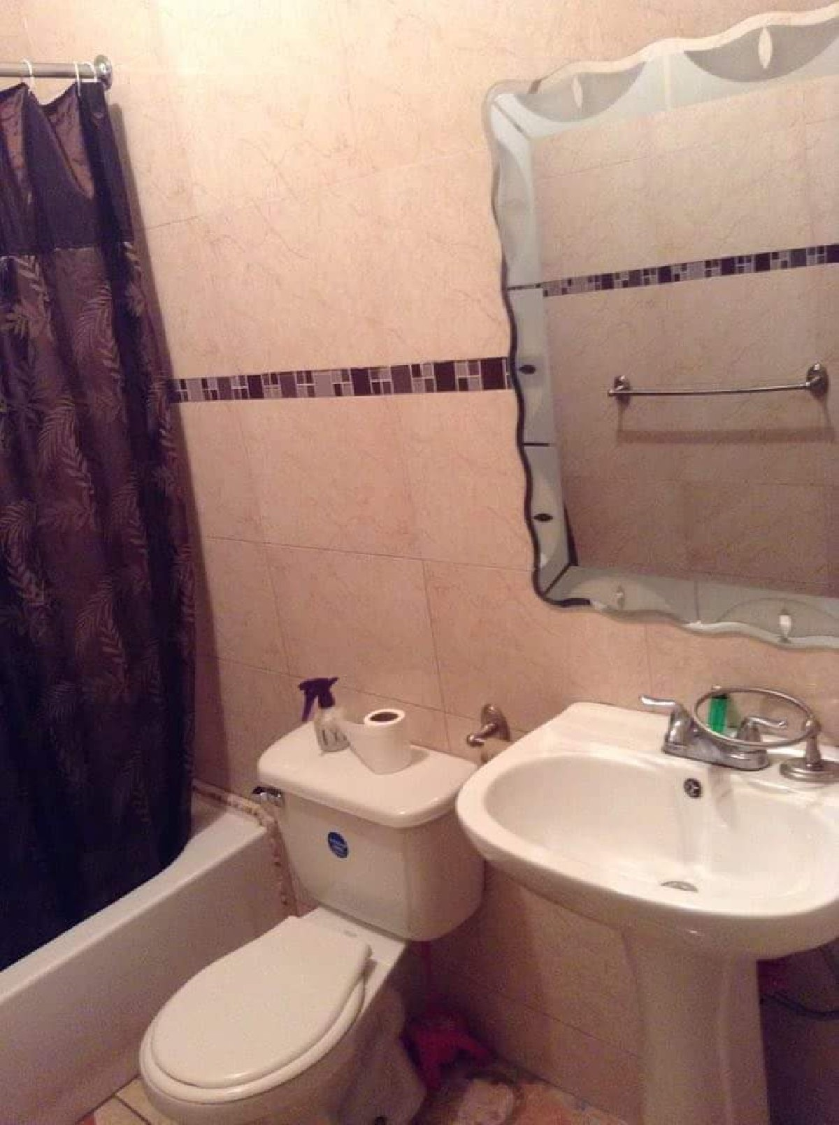 Best 1 Bedroom 1 Bathroom Semi Furnished For Rent In Golden With Pictures