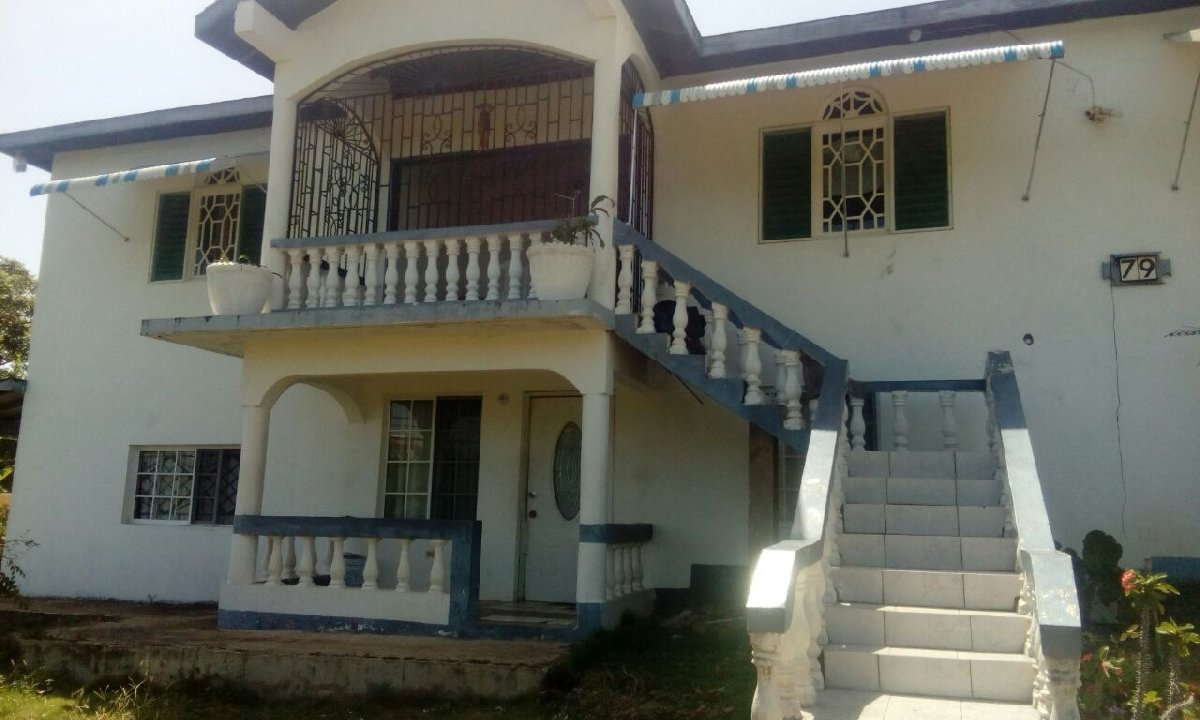 Best 3 Bedroom 2 Bathroom Upstairs House For Rent In Retreat With Pictures