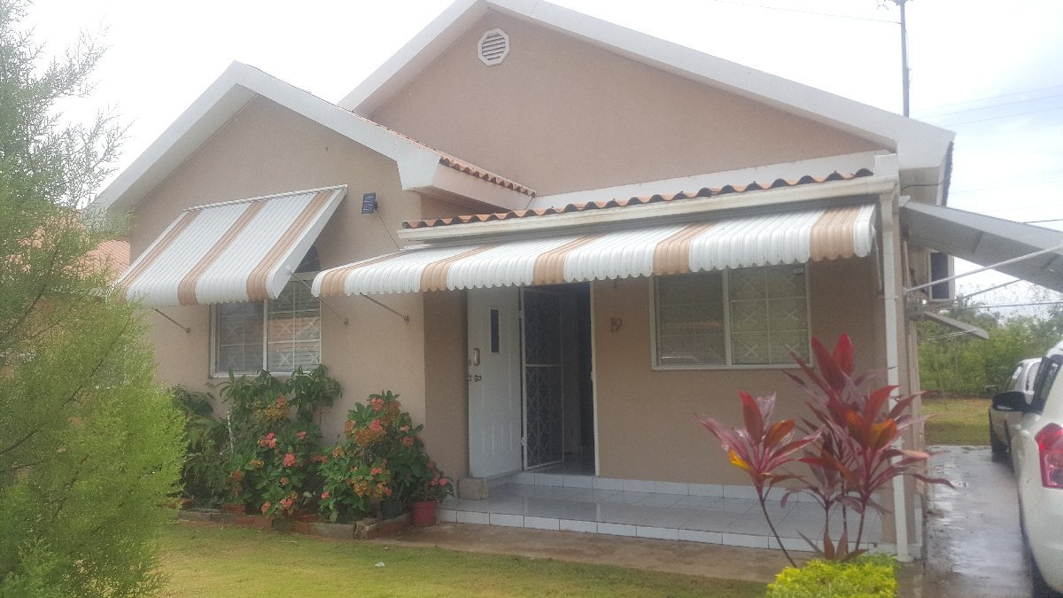 Best 3 Bedroom 2 Bathroom House For Sale In Caribbean Estate With Pictures