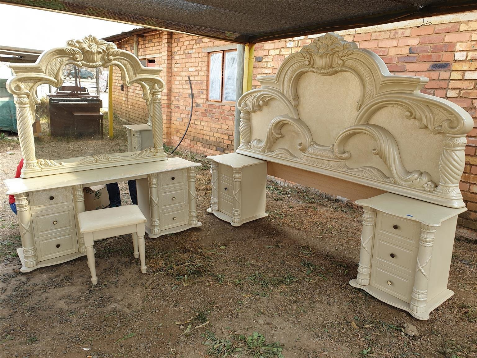 Best Retro Bedroom Suite Junk Mail With Pictures