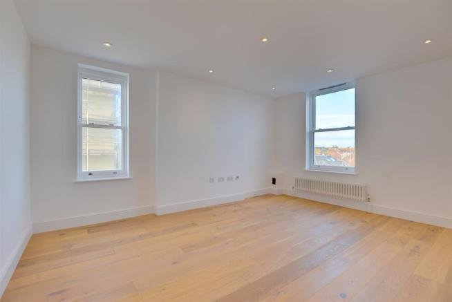 Best 2 Bedroom Flat For Sale In Cavendish House Marine Parade With Pictures