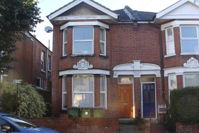 Best 3 Bedroom Flat To Rent In Kenilworth Road Southampton So15 With Pictures