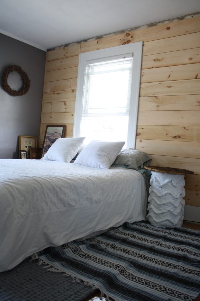 Best Diy Shiplap Paneling As A Custom Bedroom Headboard Merrypad With Pictures