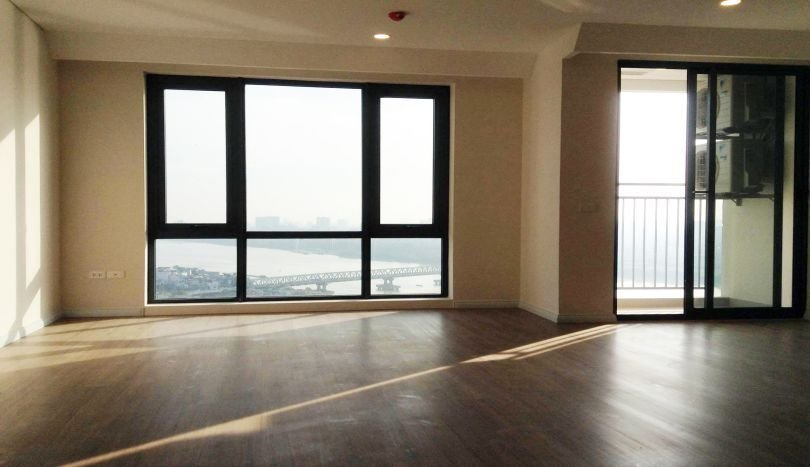 Best Mipec Riverside Unfurnished 3 Bedroom Apartment For Rent With Pictures