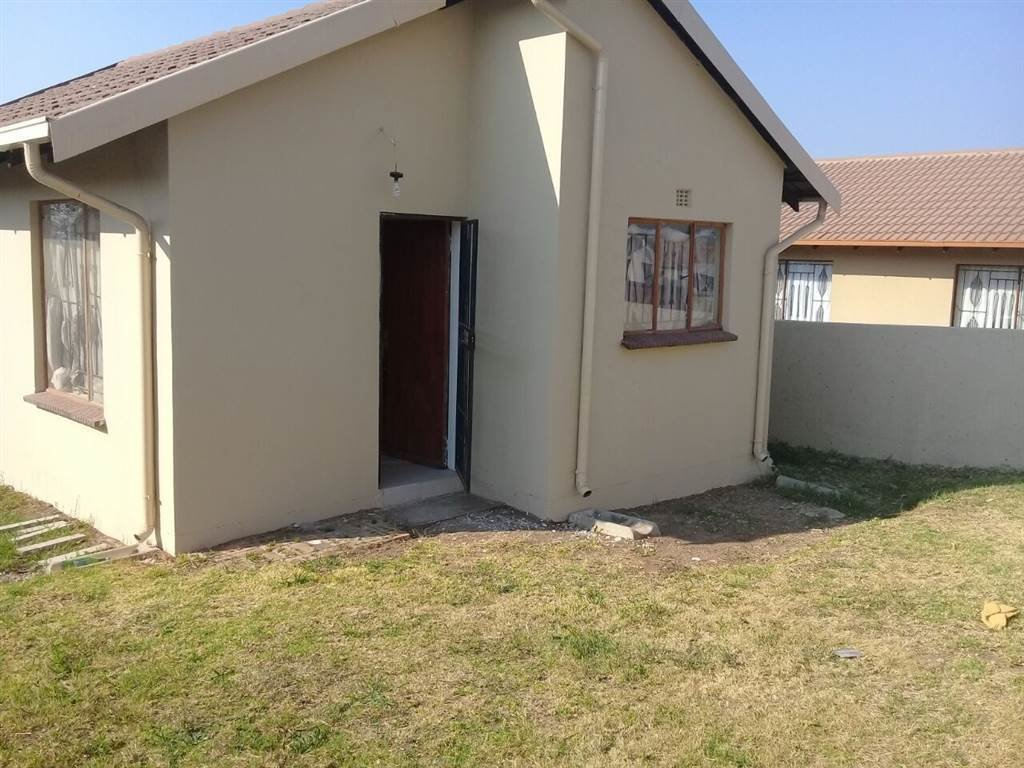 Best 2 Bedroom House To Rent In Kaalfontein Rr1553777 With Pictures