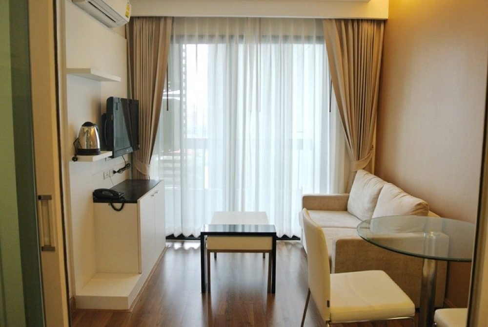 Best Fully Furnished One Bedroom Condo The Shine With Pictures