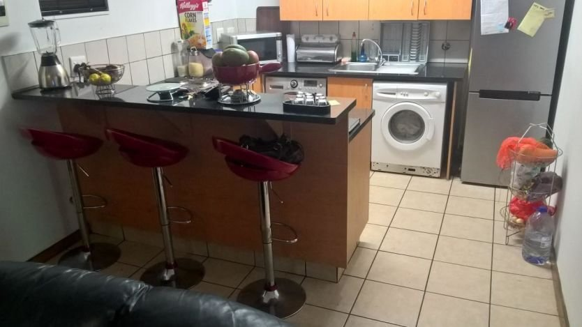 Best 2 Bedroom Flat For Sale In Hatfield Pretoria With Pictures