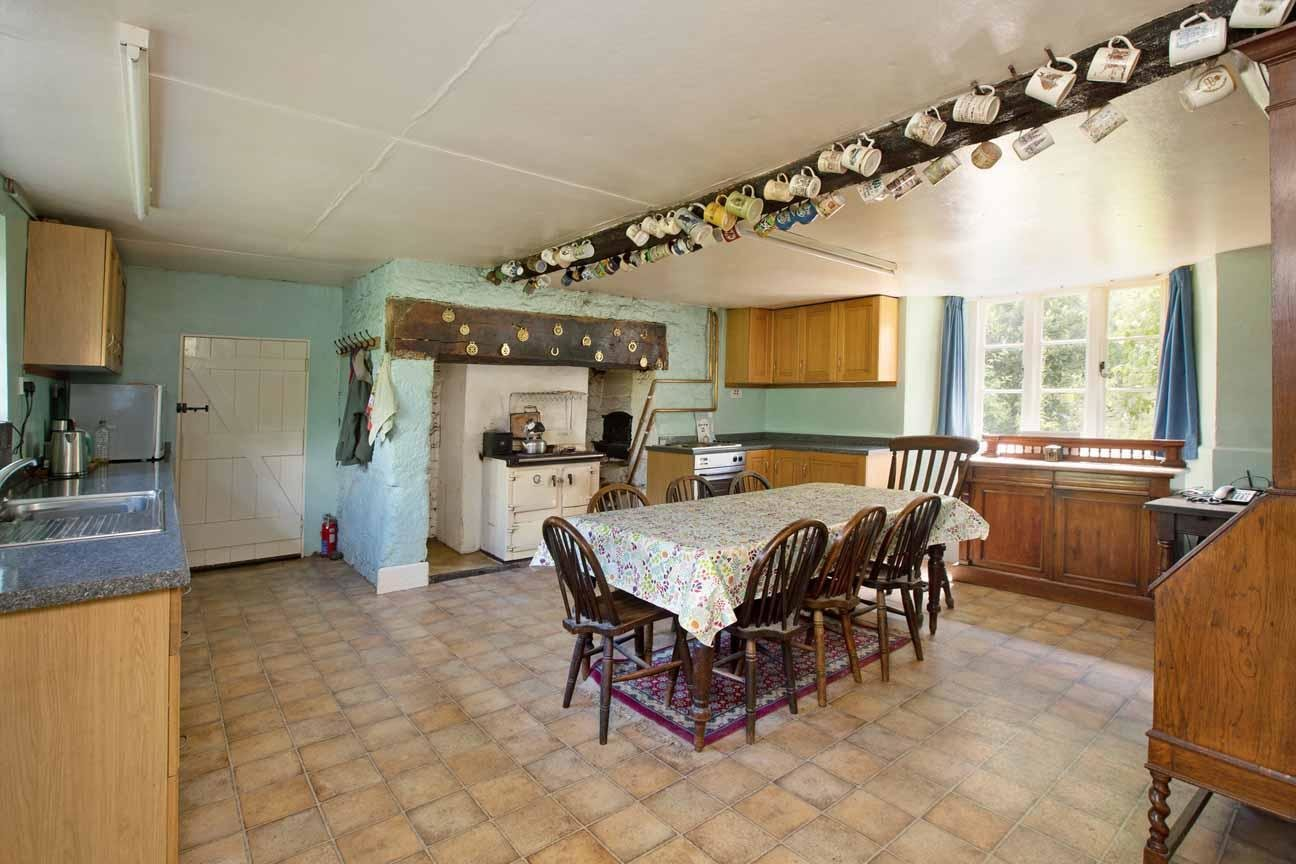 Best 4 Bedroom Farm House For Sale In Newton Abbot With Pictures