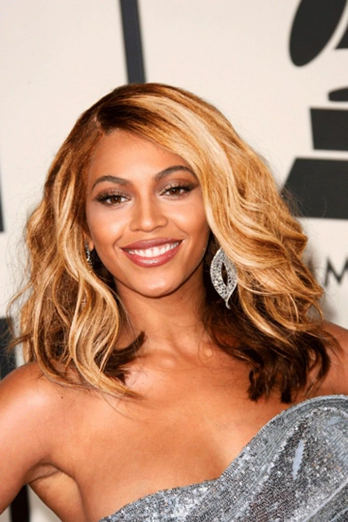 Free Beyonce S Greatest Hairstyles 31 Ideas For Curly Textured Hair Glamour Wallpaper