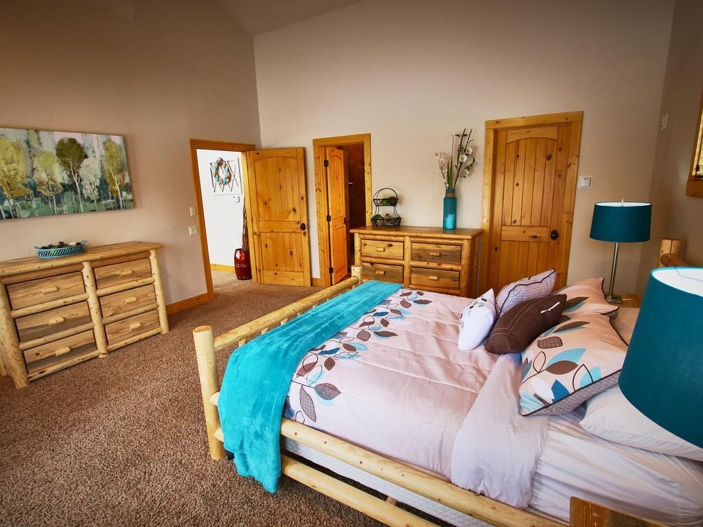 Best Beautiful 5 Bedroom Cabin W Hot Tub Near Cascade Lake With Pictures