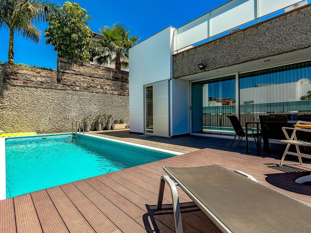 Best Modern And Pacious 6 Bedroom Villa With Private Pool With Pictures