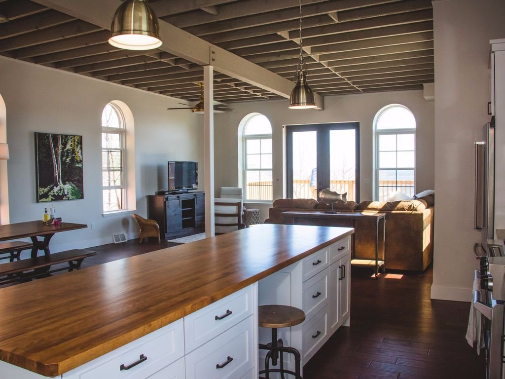 Best 4 Bedroom Loft Apartment With Lower Harbor Vrbo With Pictures