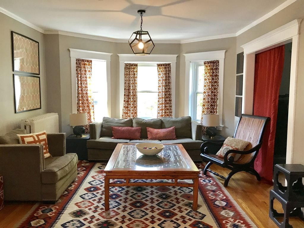 Best Large Sunny 3 Bedroom Apartment Two Blocks From Down Town With Pictures