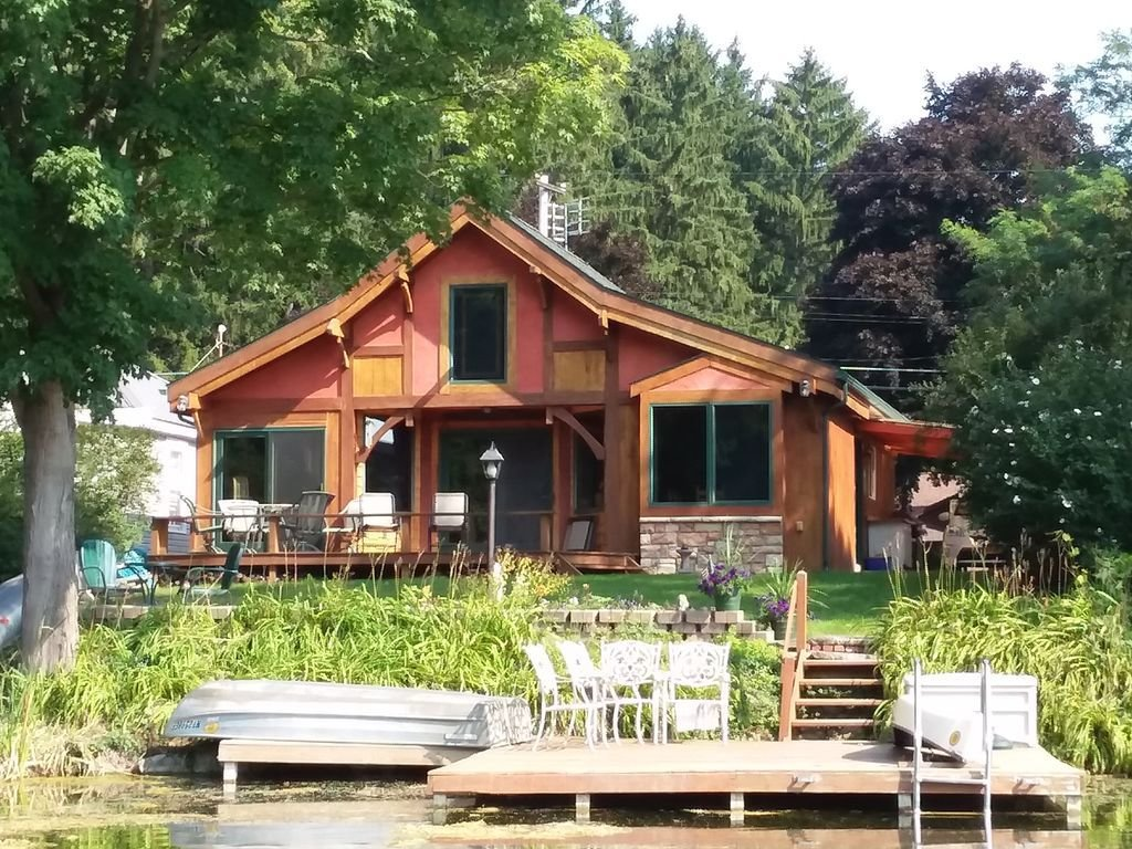 Best Horseshoe Lake Batavia Ny Between Rocheste Homeaway With Pictures