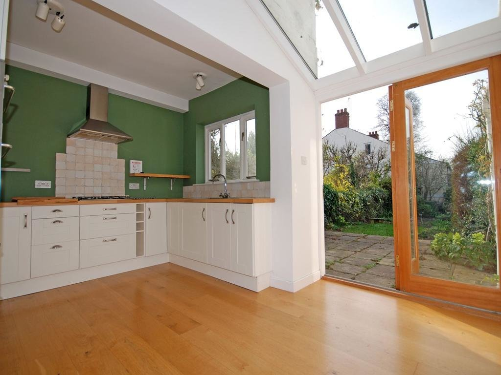 Best 3 Bedroom Terraced House For Rent In Cheltenham With Pictures