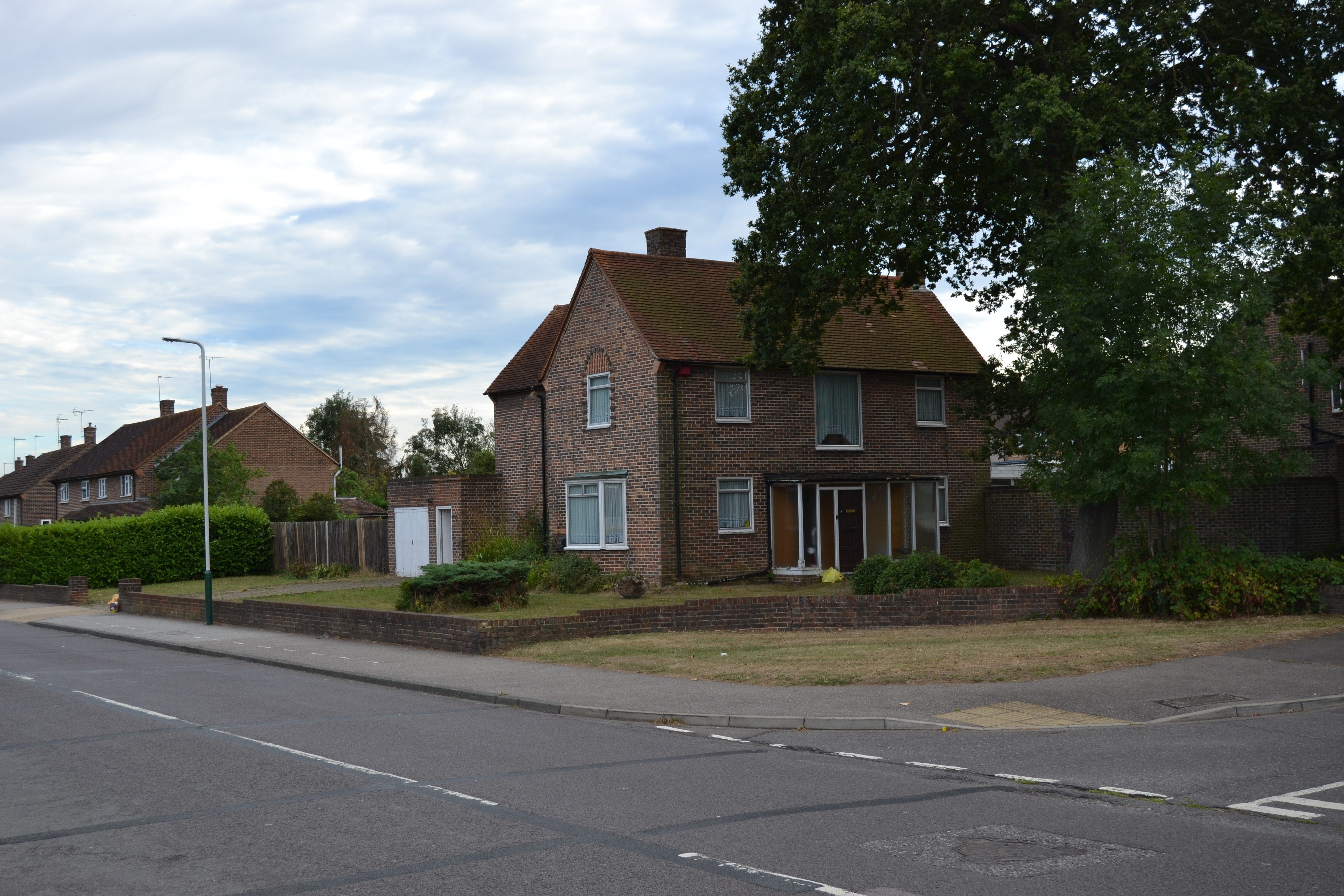 Best 4 Bedroom Detached House For Sale Wrexham Road Romford With Pictures