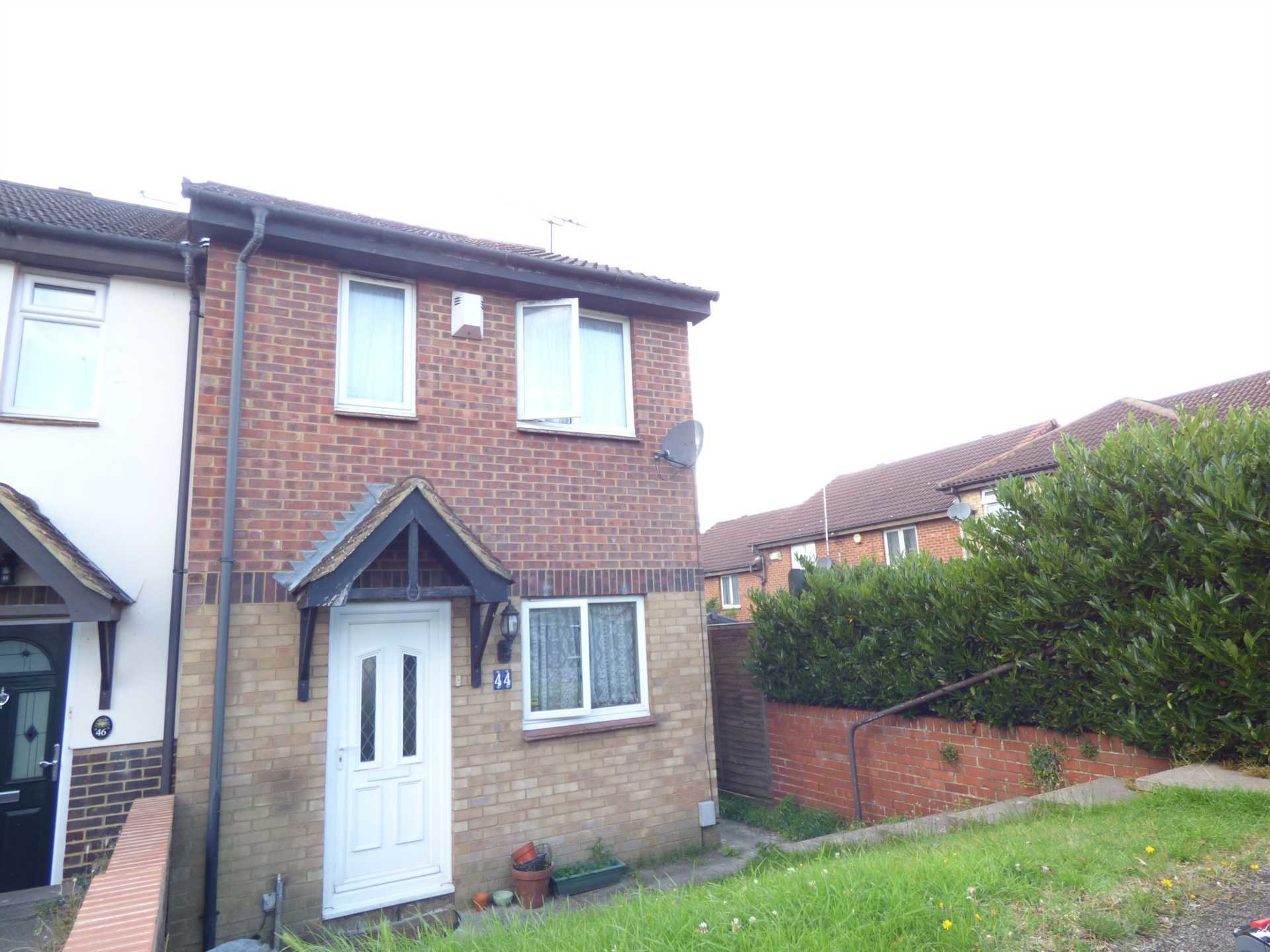 Best 2 Bedroom End Of Terrace House For Sale Coverdale Luton With Pictures