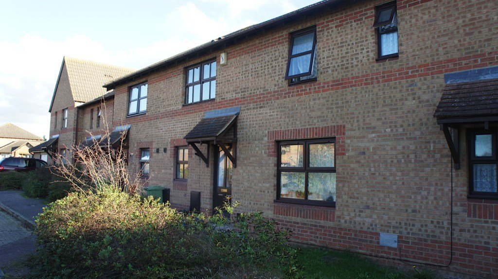 Best 2 Bedroom Terraced House To Rent Wynyard Court Milton With Pictures