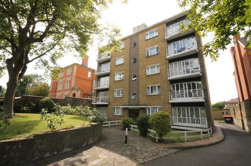 Best 2 Bedroom Flat To Rent Putney Hill Putney London Sw With Pictures