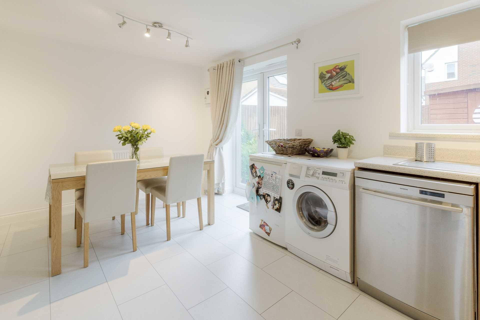 Best 3 Bedroom Semi Detached House For Sale Warwick Avenue With Pictures
