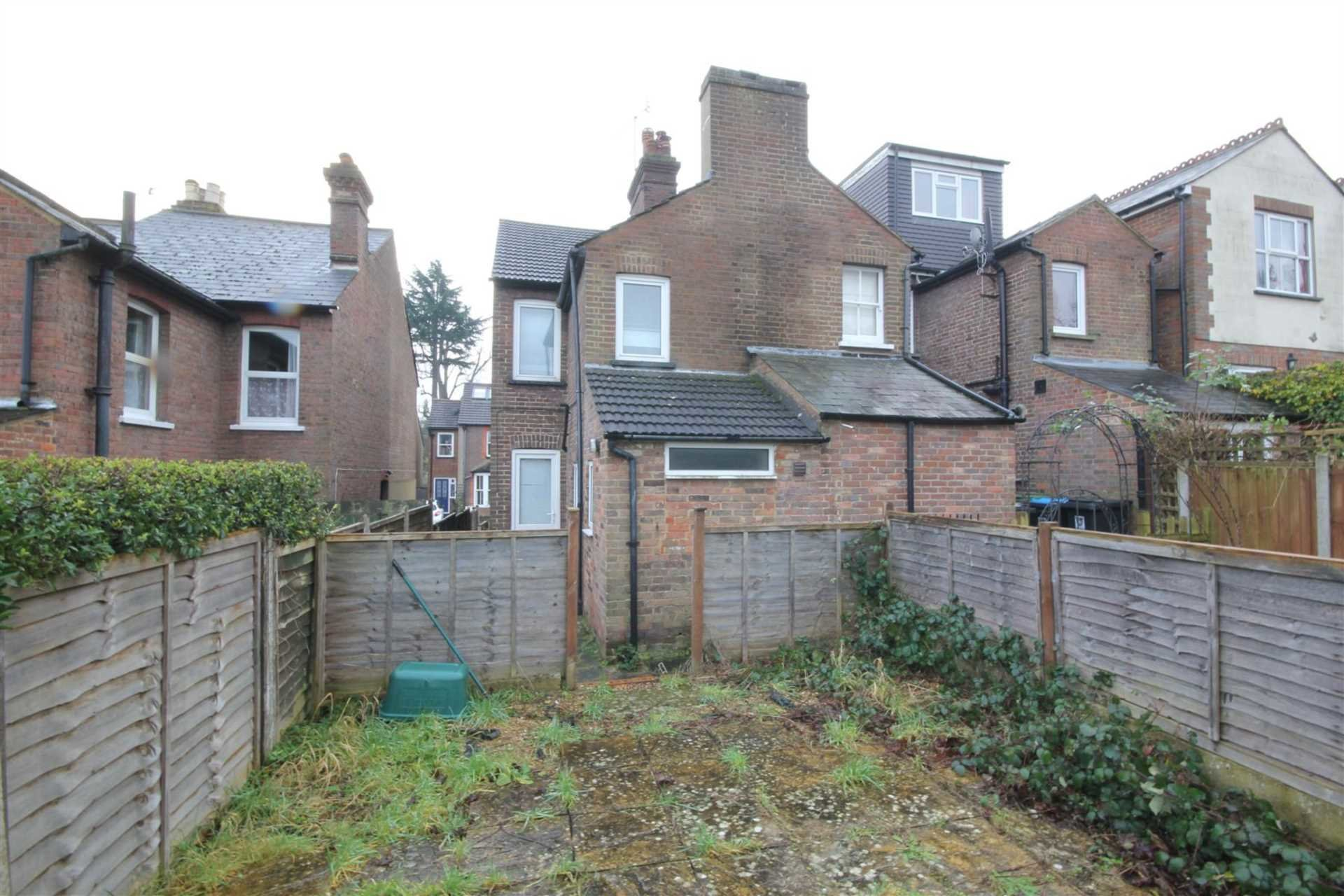 Best 3 Bedroom House To Rent Cemetery Hill Hemel Hempstead With Pictures