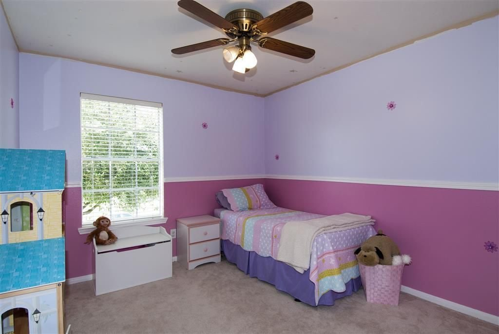 Best Traditional Kids Bedroom With Carpet Chair Rail In Katy With Pictures