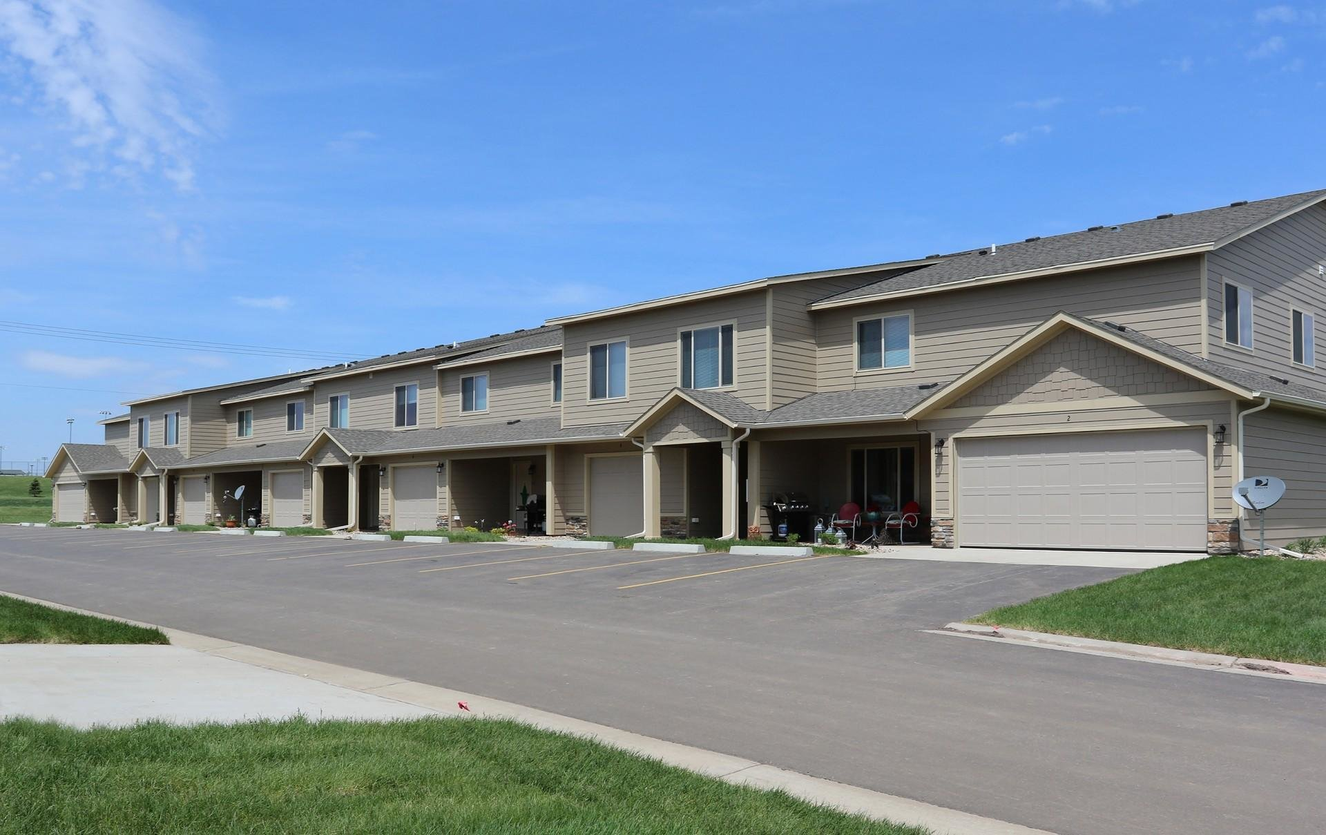 Best Diamond Field Apartments Sioux Falls Sd Walk Score With Pictures