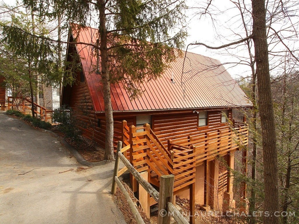 Best Above Laurelwood A 2 Bedroom Cabin In Gatlinburg With Pictures