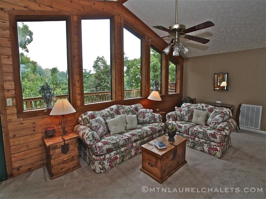 Best Amazing Grace A 4 Bedroom Cabin In Gatlinburg Tennessee With Pictures