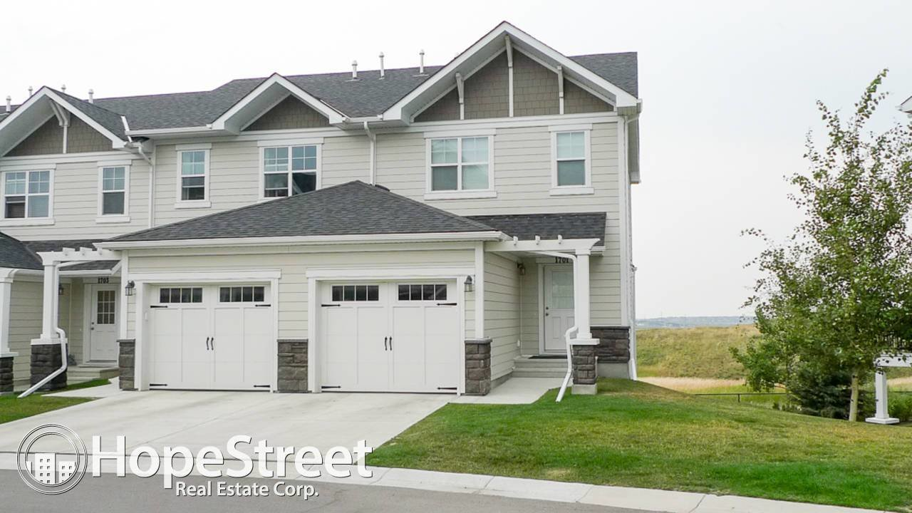 Best 2 Bedroom Townhouse For Rent In Sage Hill Hope Street With Pictures