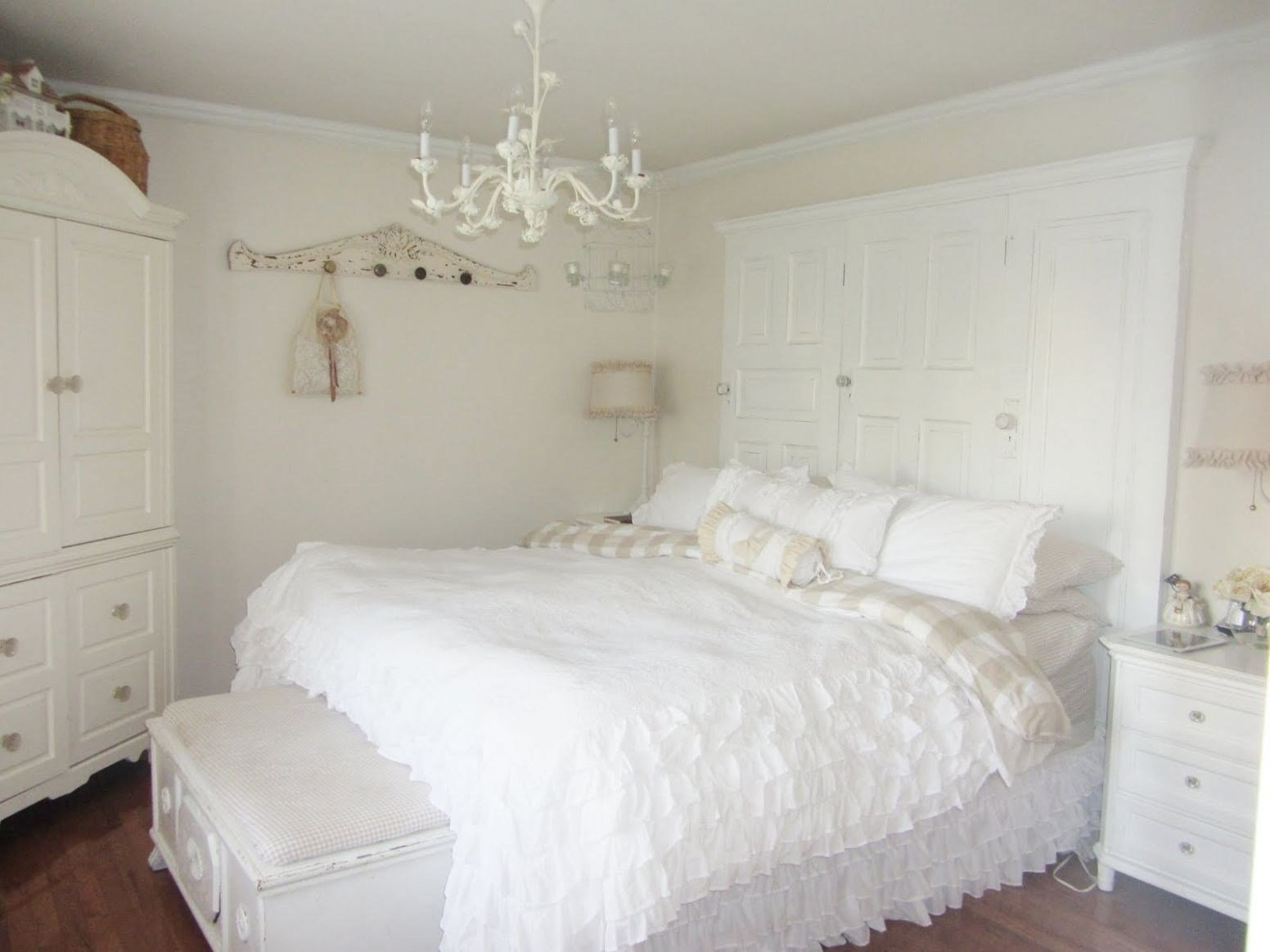 Best 15 Photo Of Small Chandelier For Bedroom With Pictures